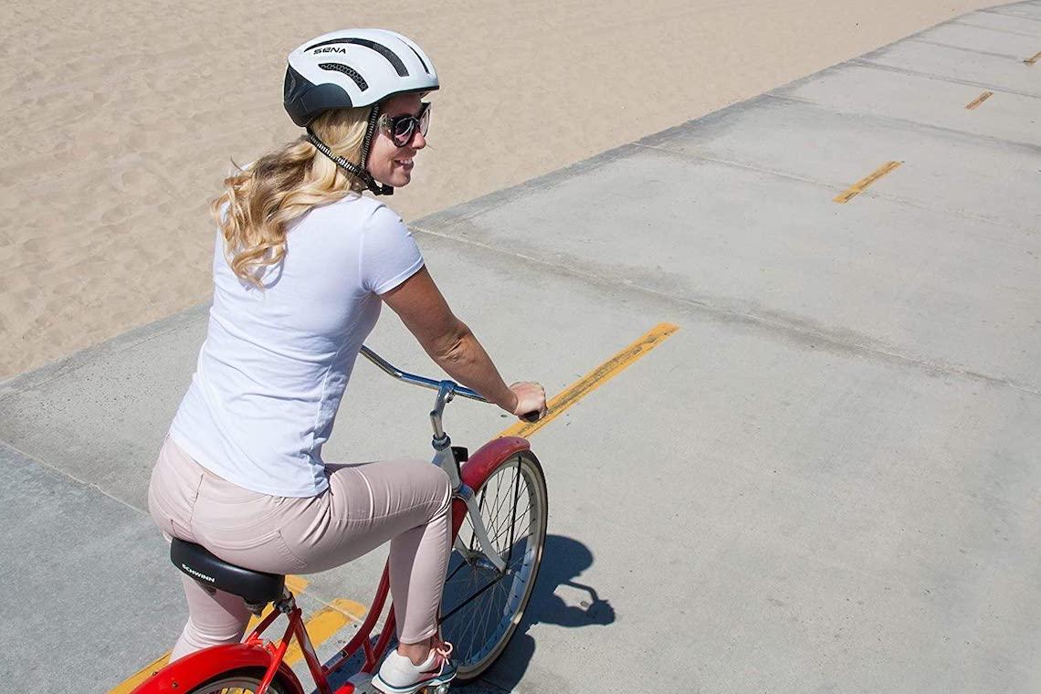 I_migliori_caschi_smart_per_tutti_i_ciclisti_urbancycling_it_1
