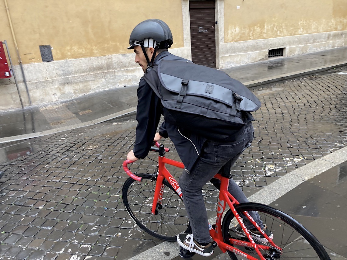 Chrome in Rome Citizen_Messenger_Bag_urbancycling_it_78