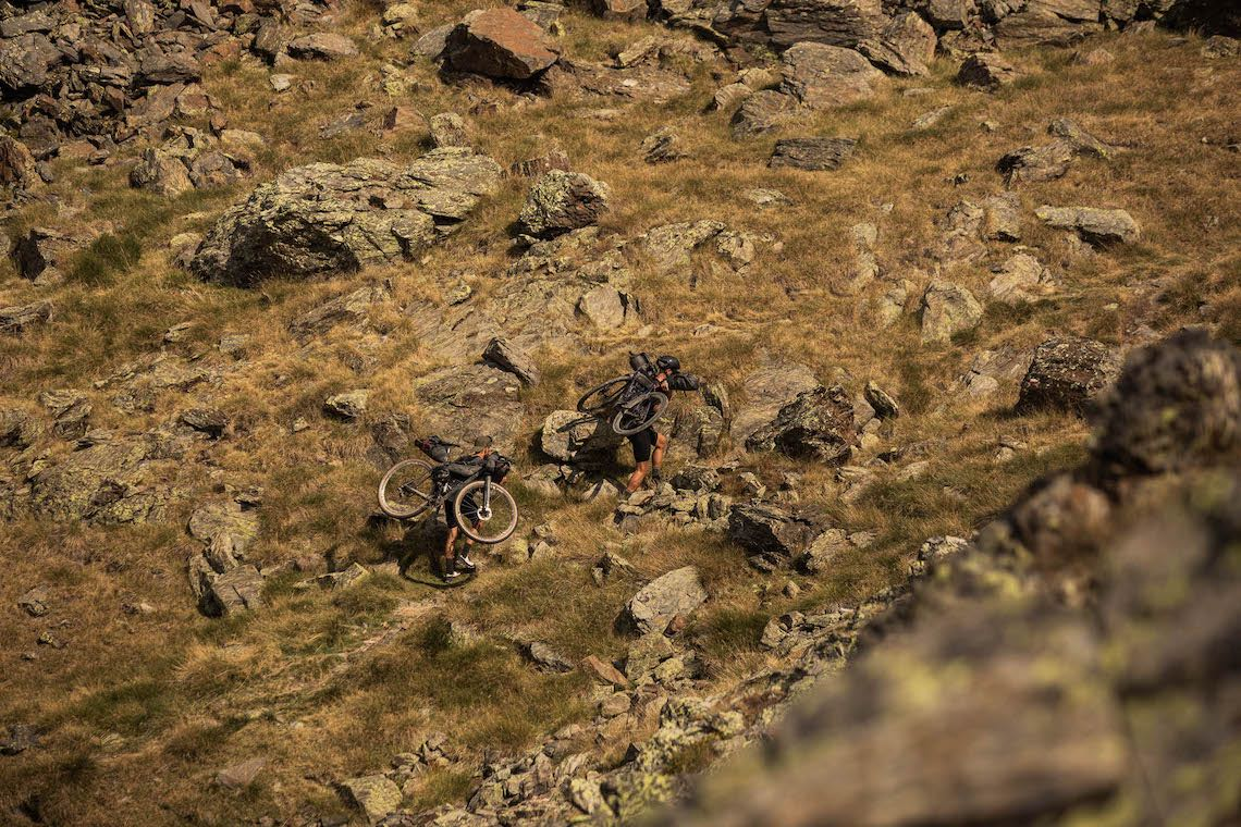 Connection bikepacking_video_Andorra_4