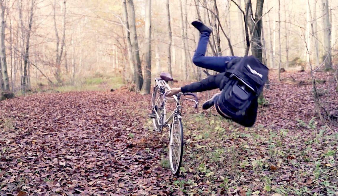 INVISIBEL. Il casco automatico per la bicicletta