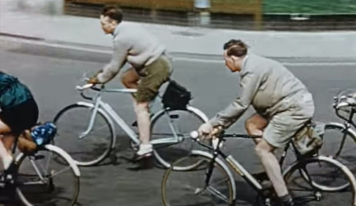 British Transport Films: Cyclists Special. Vintage video