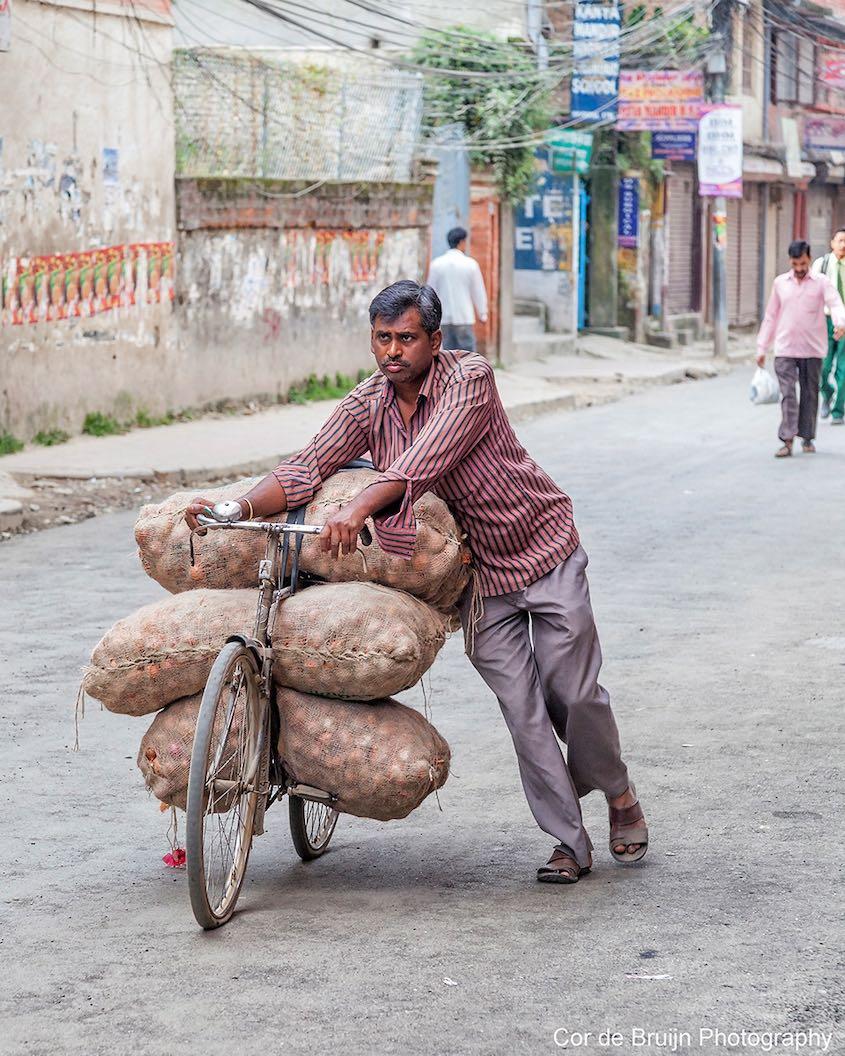 Cor de Bruijn Photography_Nepal_biciclette_3