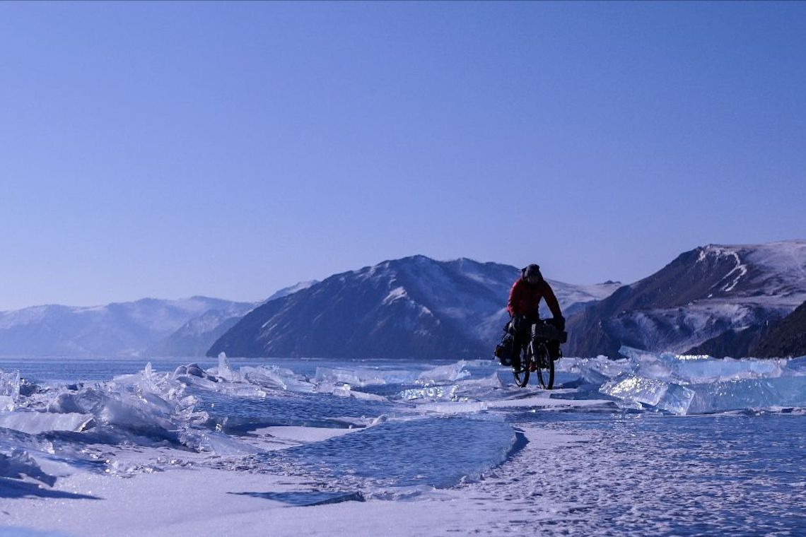 Whiteout Gaëlle Bojko_Lago Baikal_Siberia_2