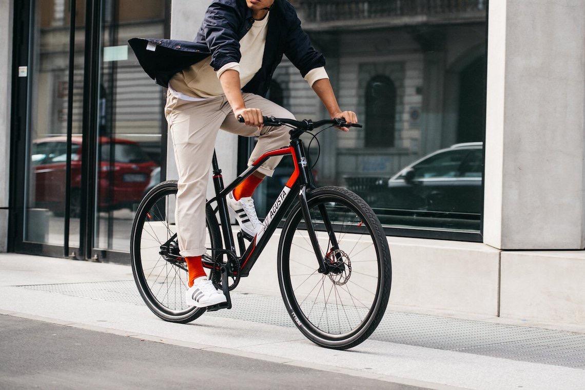 MV Agusta Amo e-bike_urbancycling_it_3.jpg
