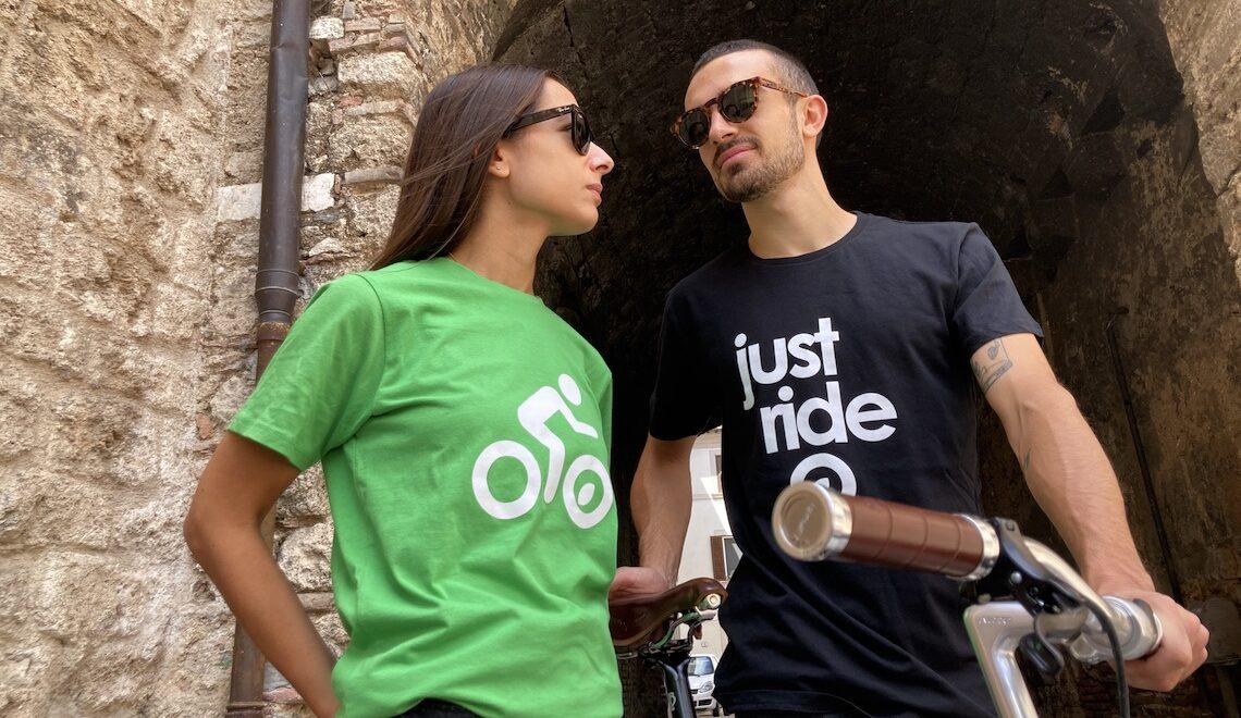 #opendressride. Le T-shirt nel barattolo, per chi ama la bici