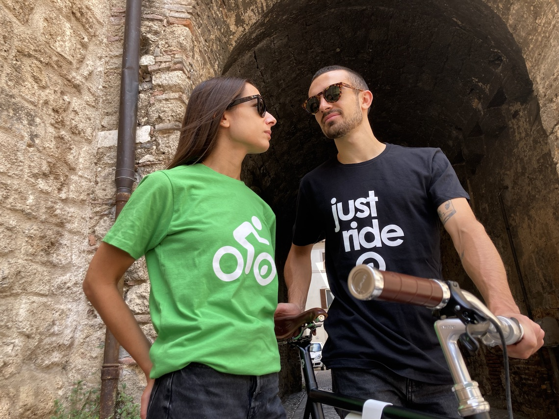 #opendressride_ t-shirt_nel_barattolo_urbancycling_it_ph_credit_Mauro_Tarani_2